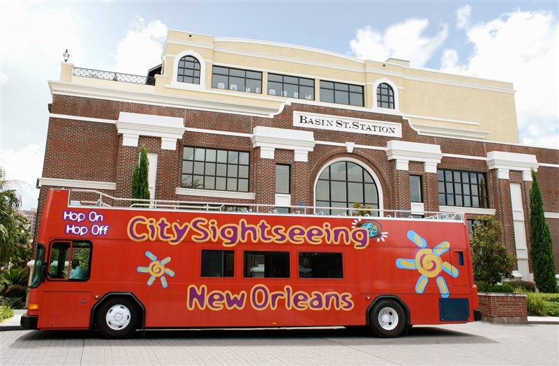 one day new orleans bus tour hop on hop off sightseeing trip. Black Bedroom Furniture Sets. Home Design Ideas