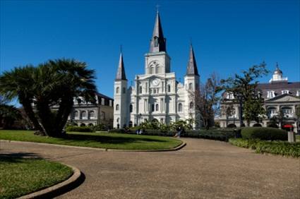New Orleans Cemetery Bus Tour