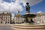 Bordeaux | France | Bordeaux tour Tour Bordeaux bordeaux walking tour audio tour bordeaux bordeaux audio tour